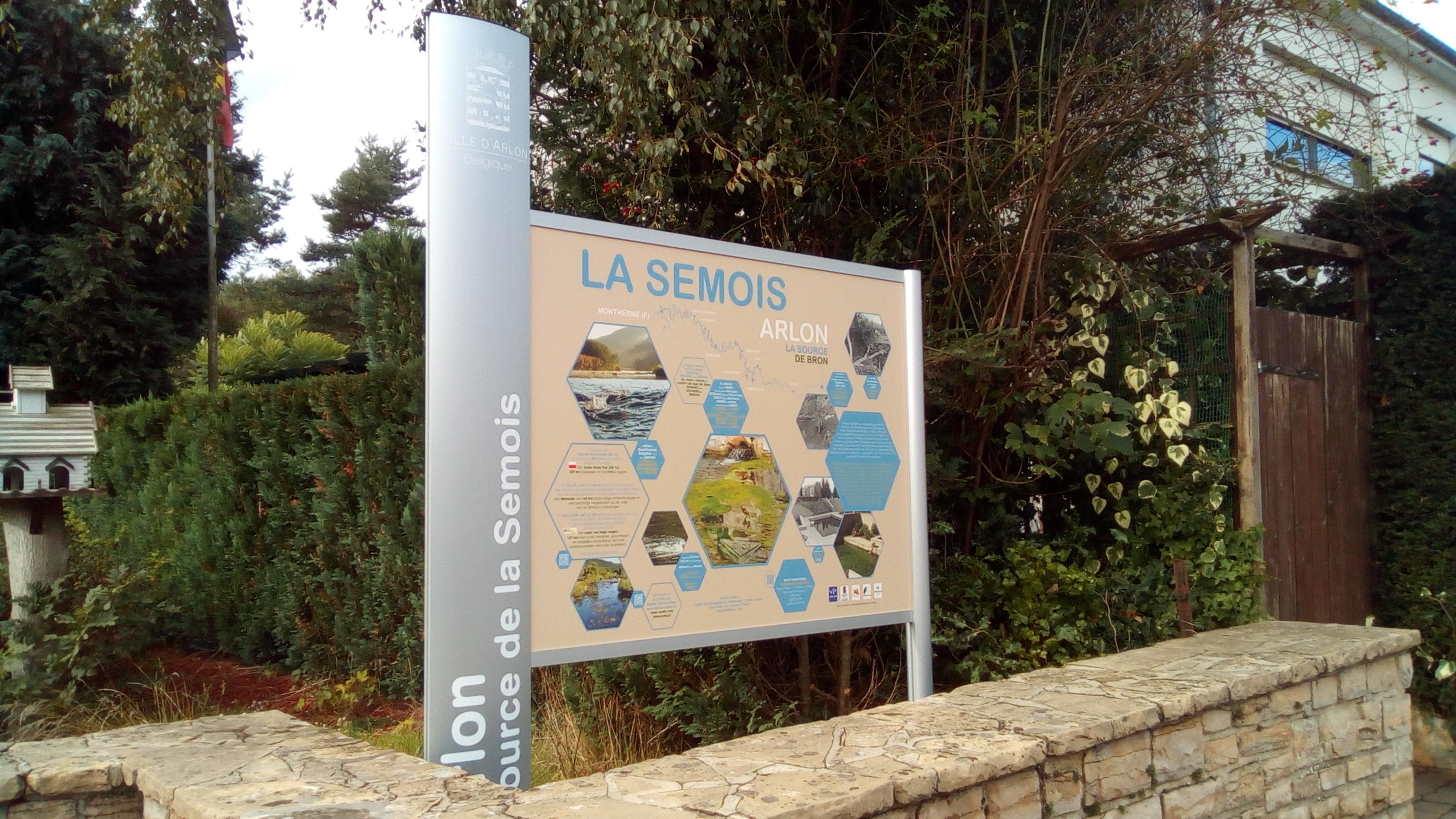 Panneau - Source de la Semois à Arlon